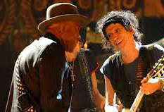 Buddy Guy and Keith Richards let it rip (from film Shine A Light)